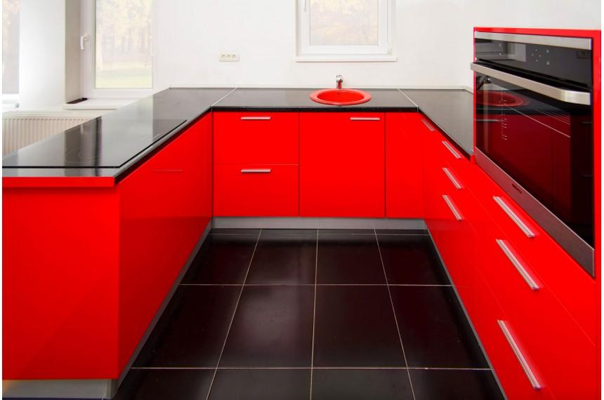 "Bucataria ""Sleek Red"""
